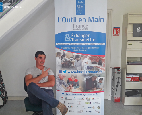 roll-up-outil-en-main-du-loch-grand-champ